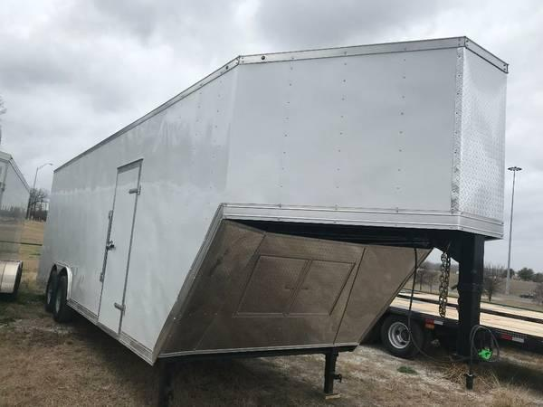 "2018 32 GOOSENECK 7' 6"" INTERIOR TEXAS SELECT"