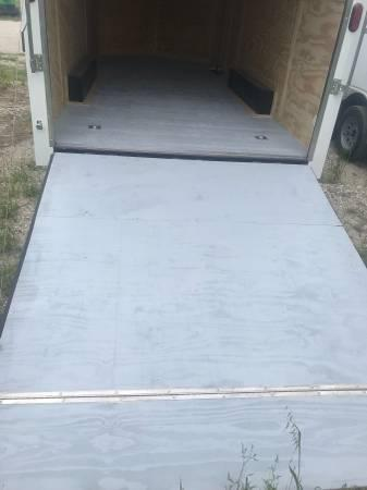 2018 Texas Select 8.5x24 3 v nose 7 interior ht with extras