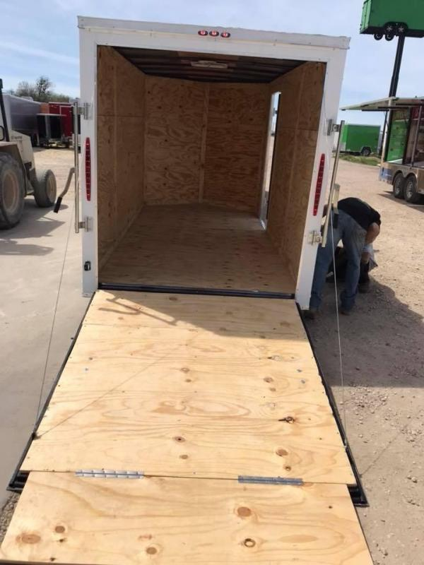 "2018 6x12 6'3"" interior ramp Texas Select enclosed trailer Enclosed Cargo Trailer"