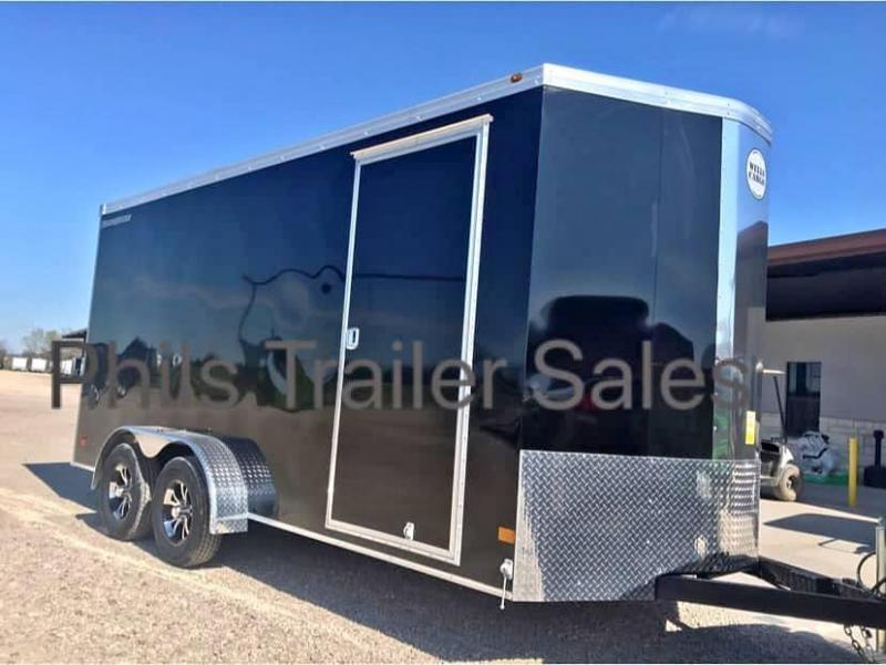 2019 Wells Cargo COMMERCIAL GRADE  7X16  + V NOSE 7 FT INTERIOR ROAD FORCE V  Nose Enclosed Cargo Trailer