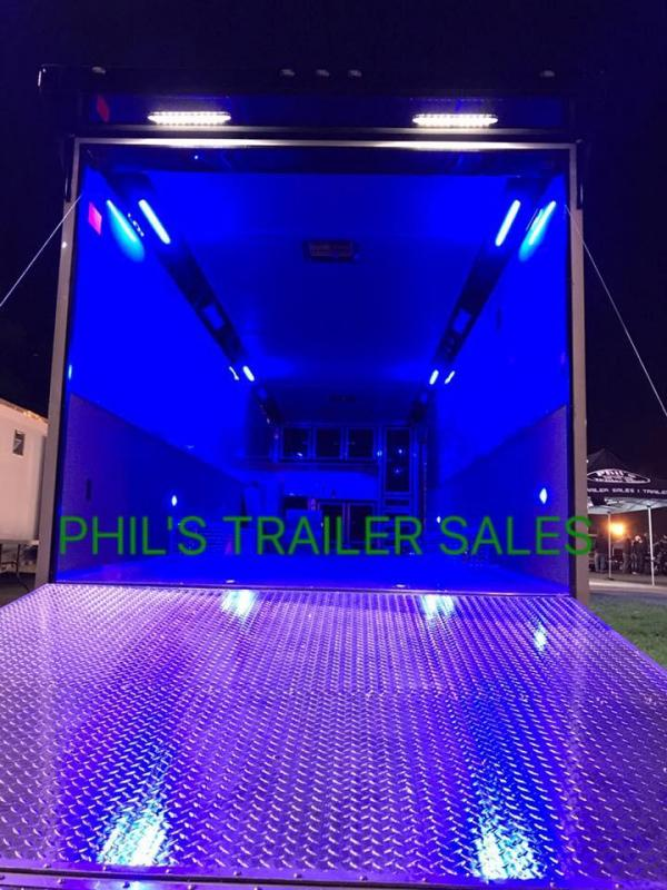 40' gooseneck Continental Cargo Auto Master Car / Racing Trailer