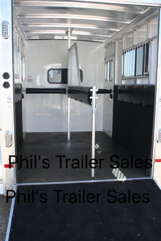 2 Horse Sundowner Trailers Charter TR SE Horse Trailer
