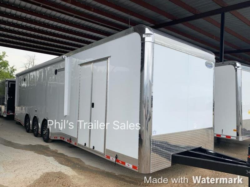 34 ' Continental Cargo ELECTRIC AWNING WHEEL WELL CABINET AUTOMASTER Car / Racing Trailer