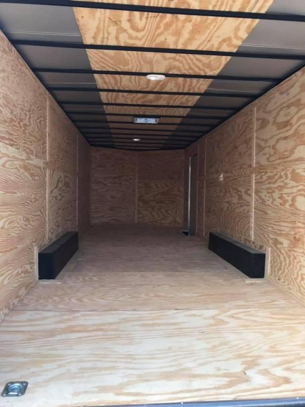 85x20 + 2 v nose Car hauler Enclosed Cargo Trailer