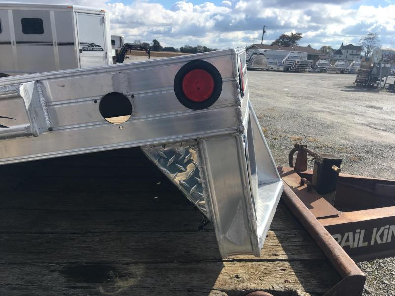 2018 Hillsboro Industries 2500 Truck Bed