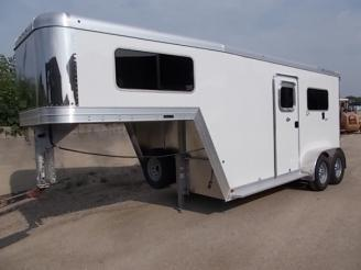 2019 Featherlite FL9607 2 Horse Bumper Pull Trailer