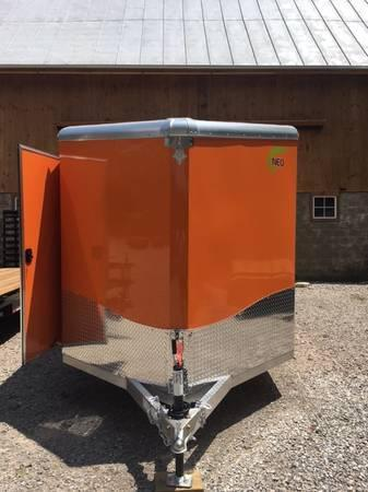 2019 7' X 12' NEO ENCLOSED CARGO TRAILER