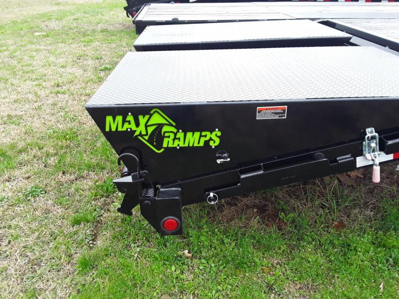 """2018 Load Trail 25' x 102"""" Heavy Duty Gooseneck 2-7k Axles W/Max Ramps"""