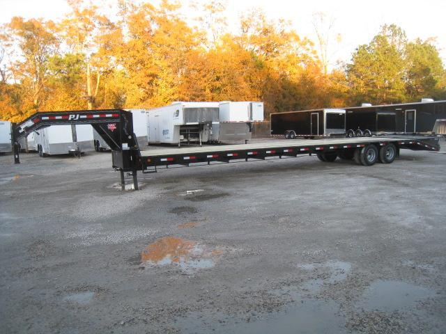 2019 PJ Trailers LD 35 + 5 Gooseneck Equipment Trailer with 10k Axles