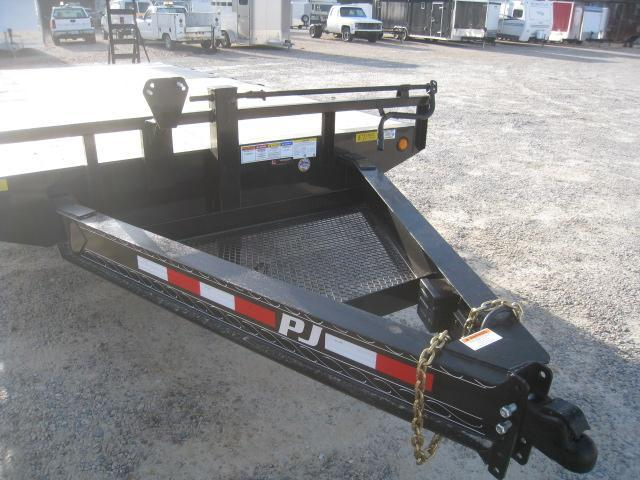 2019 PJ Trailers F8 20' Deckover Equipment Trailer