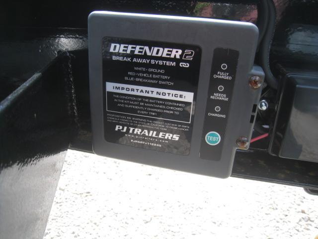 2019 PJ Trailers F8 21' Deckover Equipment Trailer