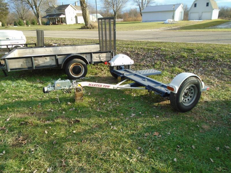"""2017 Towmaster  80"""" Tow Dolly"""