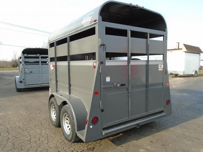 2018 Valley Trailers 26011SP 11stock two horse BP Livestock Trailer