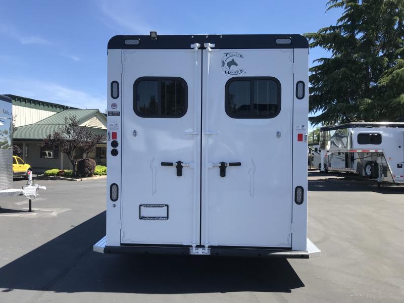 2019 Trails West Manufacturing Sierra II 3H BP Horse Trailer