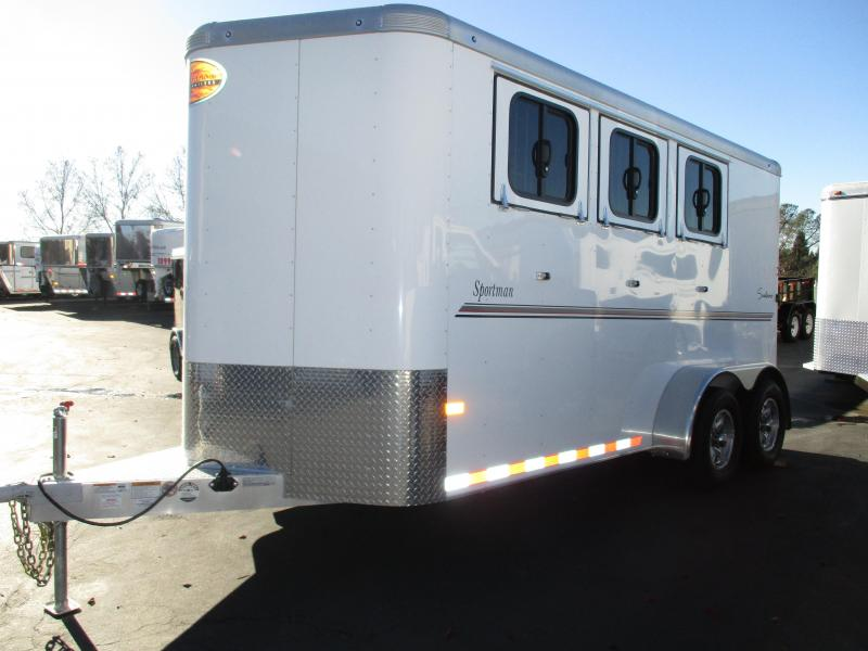 2020 Sundowner Trailers Sportman 3H BP Horse Trailer