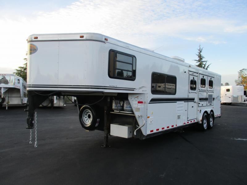 2004 Sundowner 727 Trailblazer 3H LQ Horse Trailer