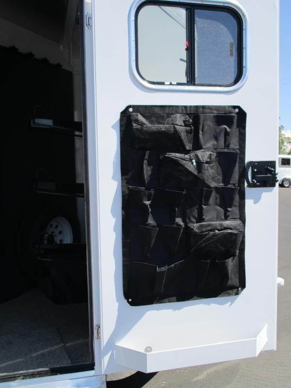 2018 Trails West Manufacturing Classic II 3H BP Horse Trailer