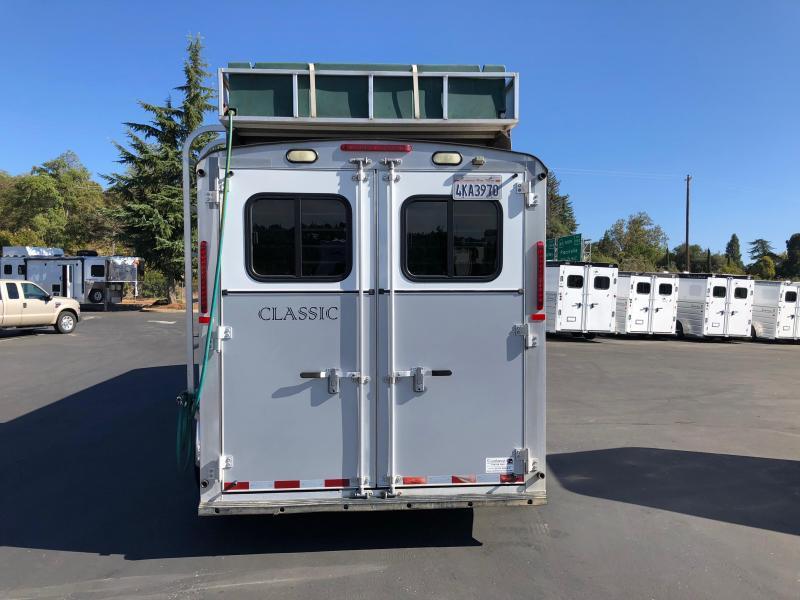 2008 Classic Manufacturing Gold Series 3 Horse LQ Horse Trailer