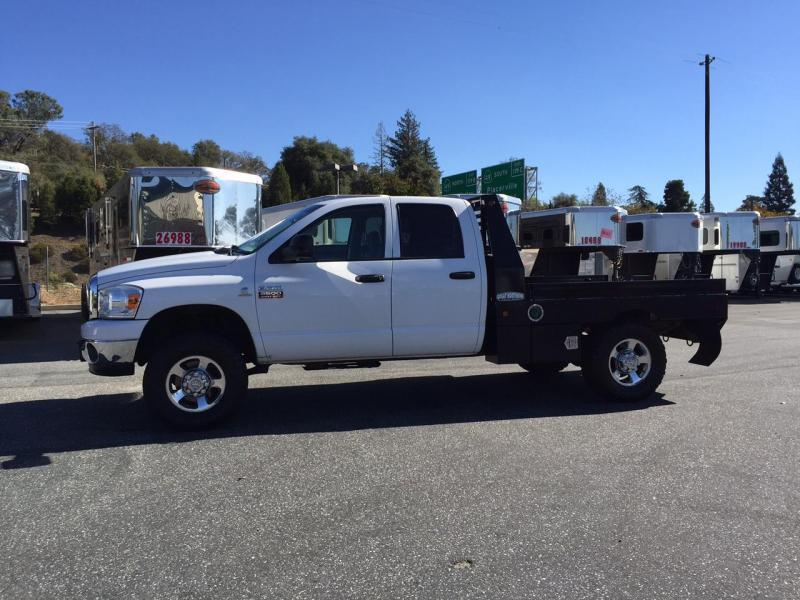 2018 Great Northern Truck Bed Cab & Chasis with B&W Htich