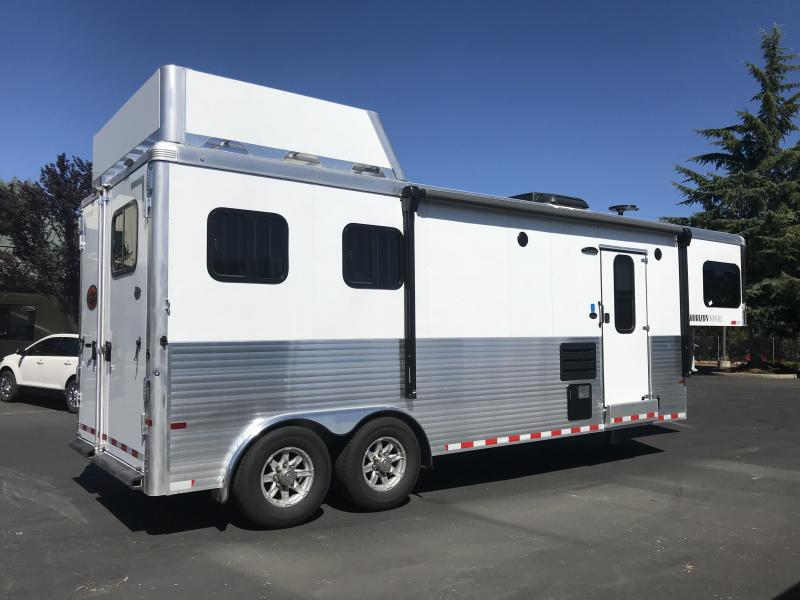 2018 Sundowner Trailers Horizon 8009 2H LQ Horse Trailer