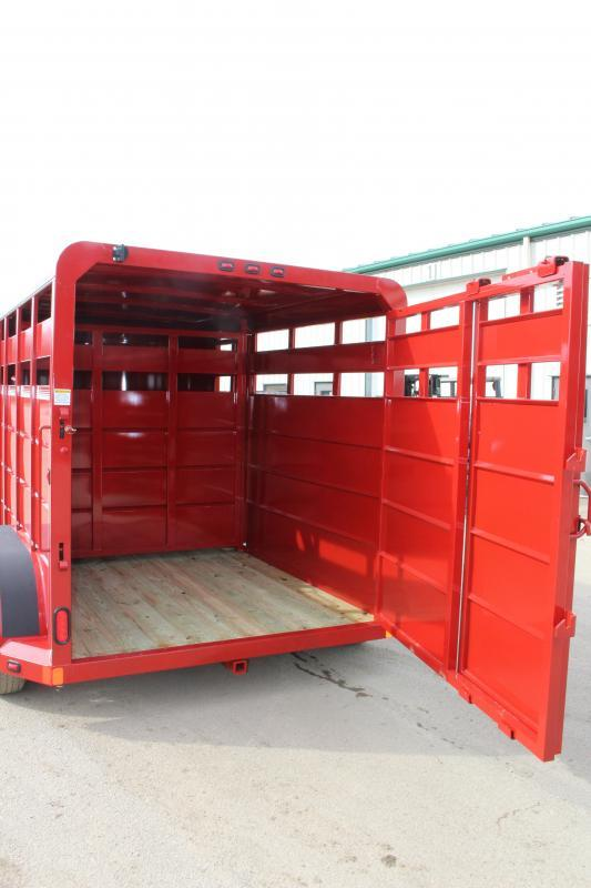 2019 Moritz International CBR68-13 Livestock Trailer