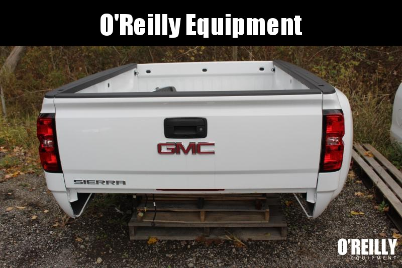 2017 GMC 8 DUALLY Truck Bed