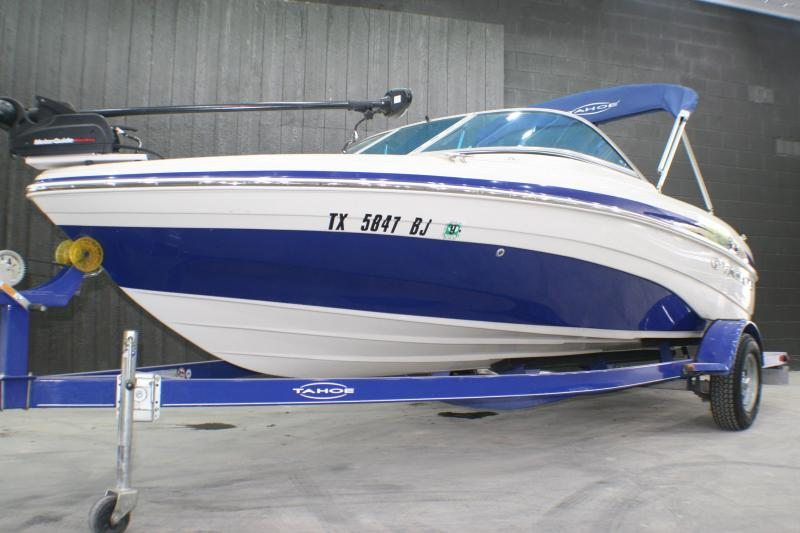 2011 Tahoe Q5I Bowrider