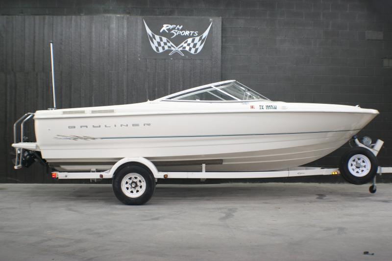 2000 Bayliner Capri 2150 LX/BR Runabout Boat