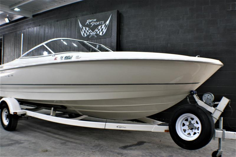2000 Bayliner Capri 2150 LX/BR Runabout Boat | RPM Sports