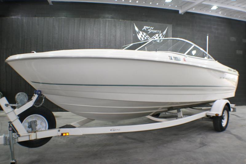2000 Bayliner Capri Bayliner Capri 2150 LX/BR Runabout Boat