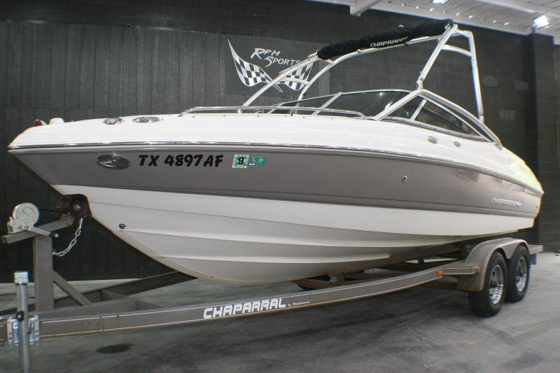2007 Chaparral 210 SSI Runabout Boat