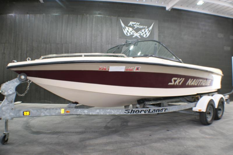 1999 Correct Craft Ski Nautique Runabout Boat