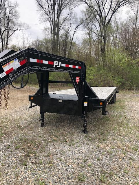 "2019 PJ FD 102""X30' 25K GVWR Flatbed Trailer  $9586"
