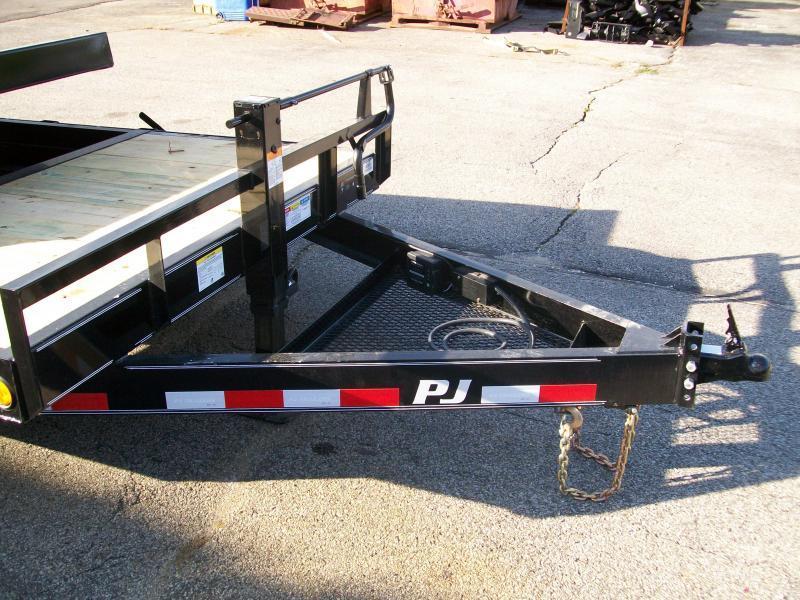 """2019 PJ T6 83""""X22' 14K GVWR Tilt Trailer"""