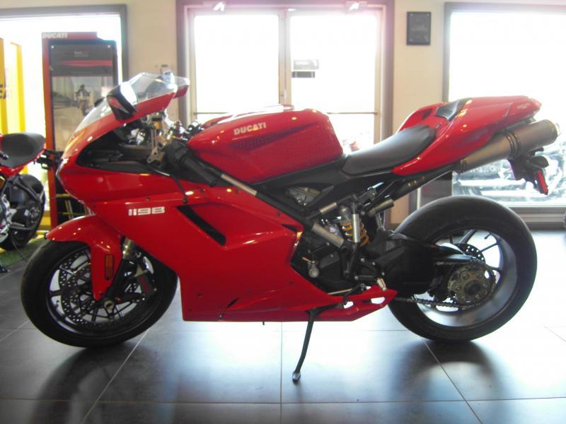 2011 Ducati 1198