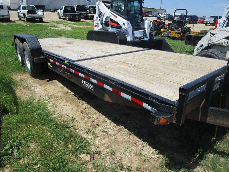 2016 Big Tex 14TL-22 Equipment Trailer