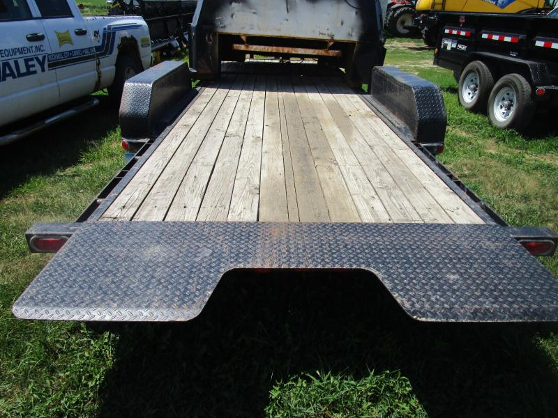 2007 PJ 22' Equipment Tilt Trailer