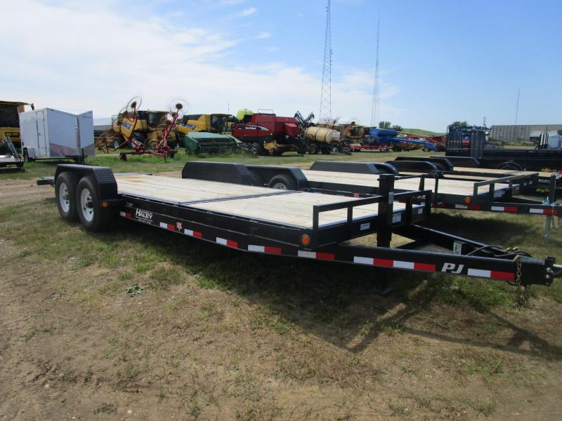 2015 PJ Trailers 22' Tilt Equipment Trailer