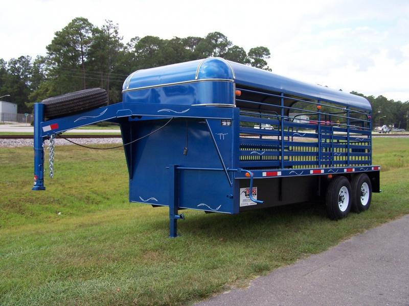 ST1612G TEXAS TRAILERS 16' GOOSENECK HARD TOP STOCK TRAILER W/ COLOR UPGRADE & UNDERCOAT