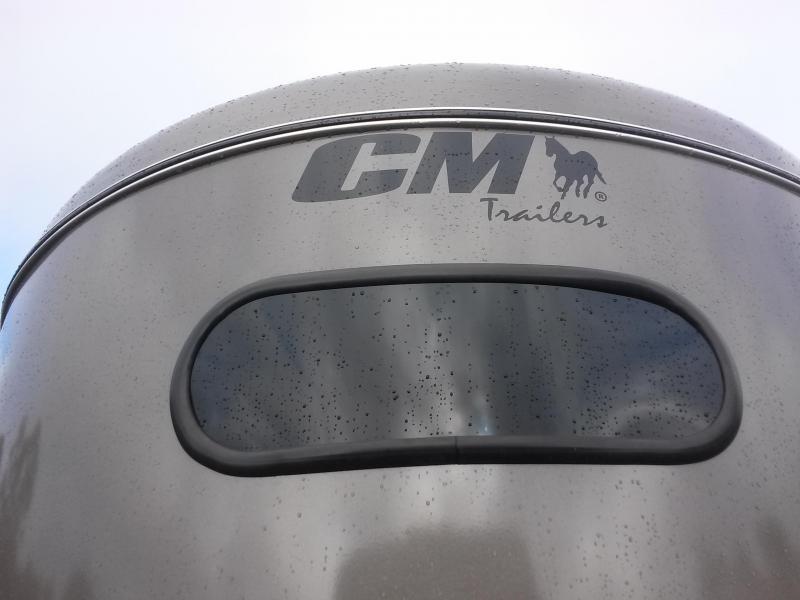 "CMH0833-16 CM 6' X 16' (3)-HORSE 6'6"" TALL DAKOTA W/ (2) DIVIDERS W/ TACK ROOM AND FLOOR MATS"