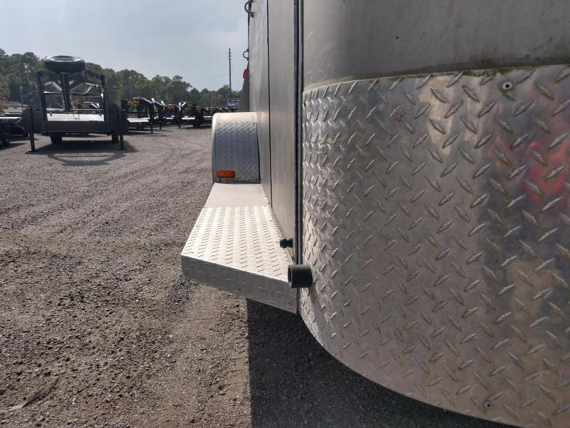 2012 BEE 16' (3)-HORSE TRAILER W/ NEW TIRES & SERVICED AXLES
