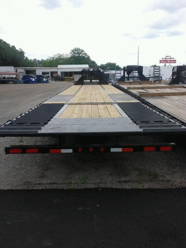 22GN-40-HDTS BIG TEX 40' GOOSENECK DUAL TANDEM FLAT BED W/ 9' HYDRAULIC RAMP & FREE SPARE TIRE