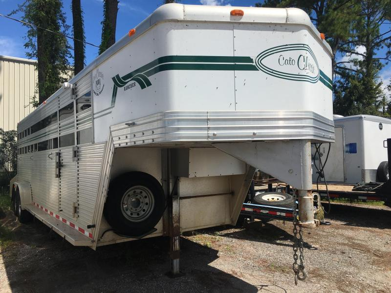 2000 CLASSIC VENTURES 24' ALUMINUM STOCK TRAILER