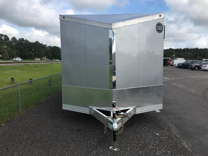 WAUV85X2424 WELLS CARGO 8.5X24 SILVER SPORT ALUMINUM ENCLOSED CAR HAULER W/ CUSTOM OPTIONS