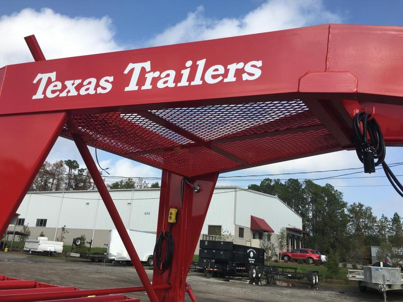 CT3516G TEXAS TRAILERS 35' CUSTOM ROLLER TRAILER