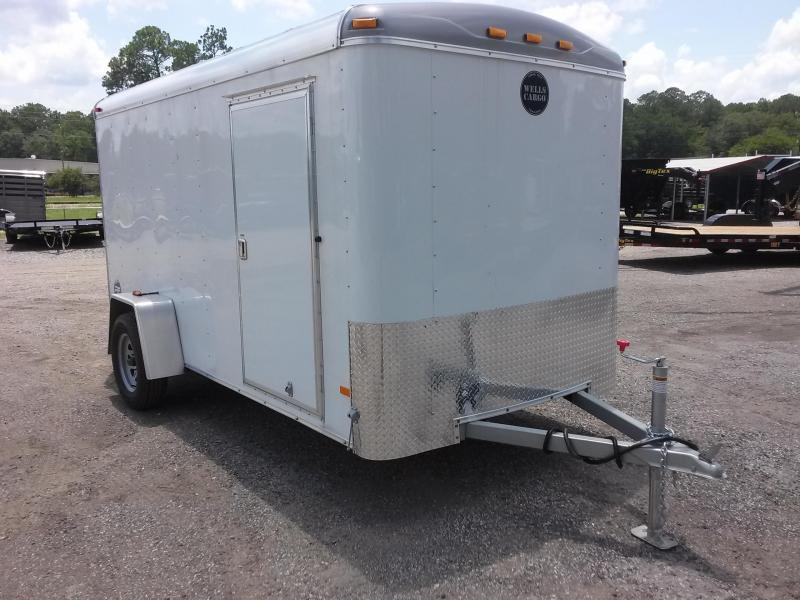 RF6X121 WELLS CARGO 6X12 ROAD FORCE ENCLOSED CARGO TRAILER in Ashburn, VA
