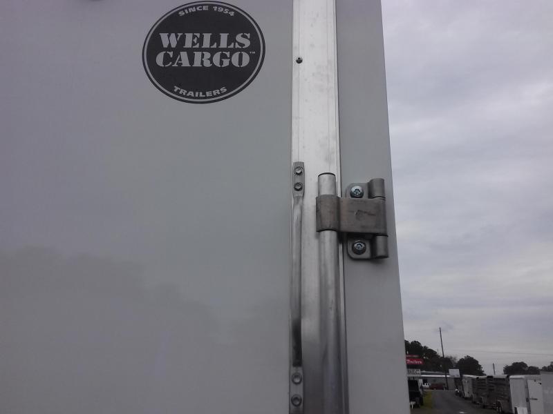 WAUV6X121 WELLS CARGO 6X12 SILVER SPORT ALUMINUM ENCLOSED CARGO TRAILER