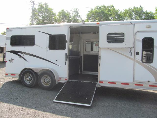 2006 Silver Star 2 plus 1 Gooseneck with Dressing Room Horse Trailer
