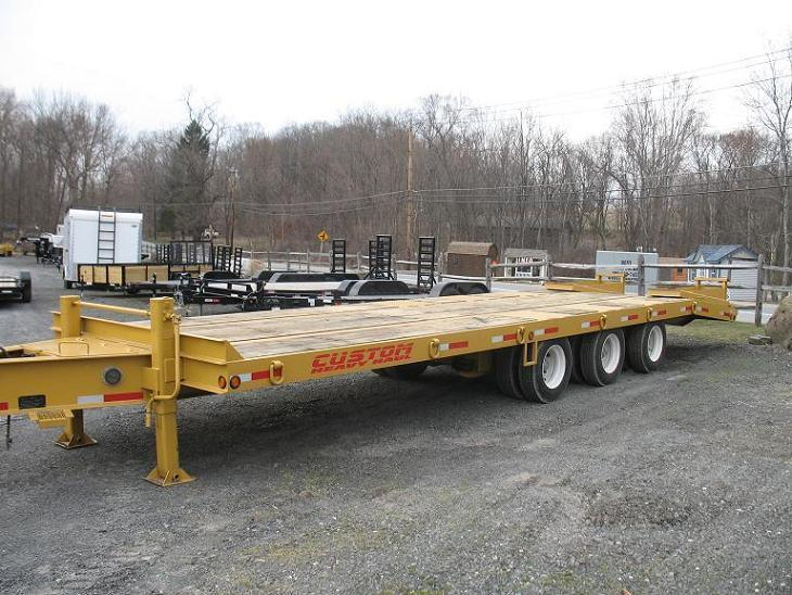 Custom Heavy Haul 25-30 Ton Equipment Trailers