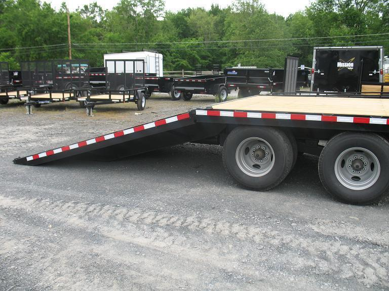 Dovetail Utility Trailer 7 X 20: Sure-Trac HD Deckover GN W/ Hydraulic Dovetail Equipment